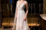 Linh Nga, Minh Tú hóa cô dâu trình diễn váy cưới Calla Bridal