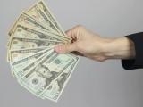 Bắt quả tang Trưởng phòng Thanh tra Cục Thuế nhận tiền doanh nghiệp