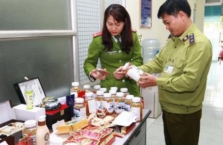 Cục An toàn thực phẩm xử phạt 24 cơ sở vi phạm sản xuất, quảng cáo TPCN hơn 920 triệu đồng