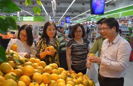 Tháng khuyến mại Hà Nội: Người tiêu dùng có nhiều cơ hội mua sắm với giá rẻ