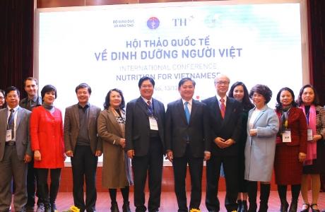 Tập đoàn TH đưa ra 6 giải pháp nâng cao sức khỏe người Việt