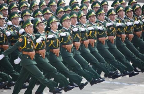 Thủ tướng Nguyễn Xuân Phúc: Tiếp tục xây dựng quân đội hùng mạnh