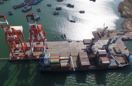 'Hé lộ' hoá đơn thu giá tàu lai dắt 'trên giời' tại Cảng Quy Nhơn