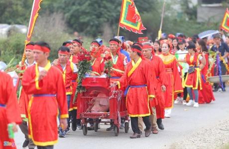 Nghi lễ chém lợn làng Ném Thượng vẫn diễn ra kín đáo