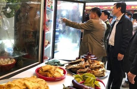 Lễ hội chùa Hương: Nhiều cơ sở bị xử phạt vì không bảo đảm vệ sinh an toàn thực phẩm