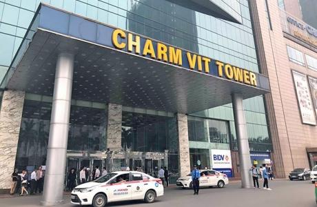 Hà Nội: Phản đối cắt điện, khách hàng bị bảo vệ Charmvit Tower hành hung