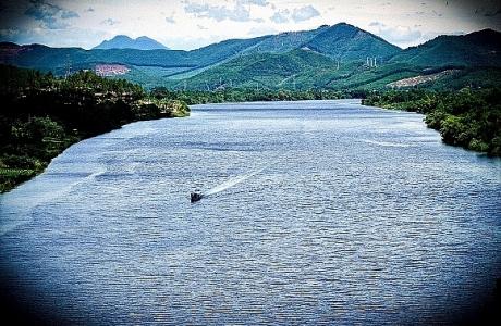 Thừa Thiên - Huế: Ngắm đồi Vọng Cảnh bên dòng Hương Giang