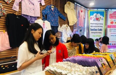 Khai trương phòng trưng bày giới thiệu sản phẩm của nhóm nhạc BTS đầu tiên tại Việt Nam