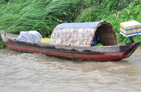 Cạn dòng Mekong: Bài 4 - Những làng chài khô lưới bên sông Tiền