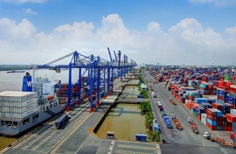 Xây dựng, phát triển cảng biển xanh tại Việt Nam