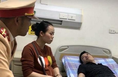 Hà Nội: Đội CSGT số 11 giúp đỡ người bị tai nạn đi cấp cứu kịp thời