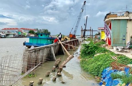 Cạn dòng Mekong: Bài 5 - Phập phồng sông nước