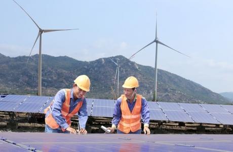 Khai thác hiệu quả nguồn năng lượng tái tạo ở cực nam Trung Bộ