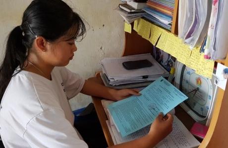 Nữ sinh nghèo xứ Nghệ được miễn học phí hoàn toàn