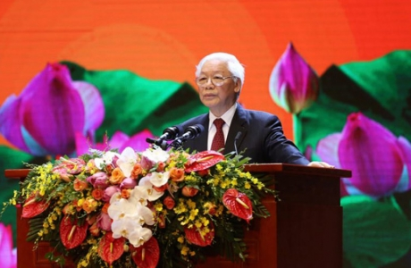 """""""Đảng ta phải thấm nhuần sâu sắc những di huấn của Chủ tịch Hồ Chí Minh"""""""