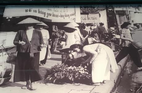 """Triển lãm """"Gánh hàng rong và những tiếng rao trên đường phố Hà Nội"""""""
