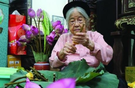Lão nghệ nhân Nguyễn Thị Dần trọn đời giữ phong vị thanh tao đất Hà Thành