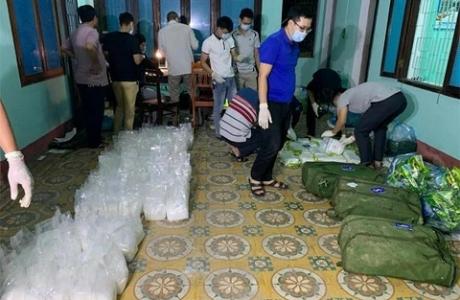 Quảng Bình: Ra quyết định khởi tố vụ vận chuyển gần 250kg ma túy tổng hợp
