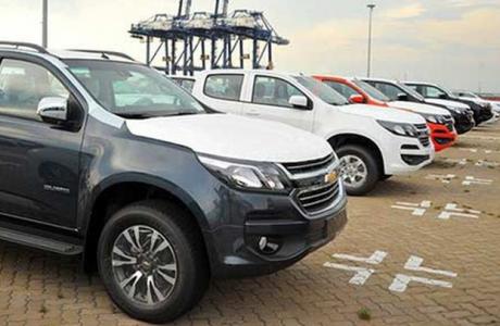 Ôtô nhập khẩu miễn thuế về nhiều nhưng giá vẫn không rẻ