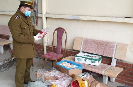 Gần 160kg thịt đông lạnh không rõ nguồn gốc xuất xứ bị QLTT Lạng Sơn phát hiện và tiêu hủy