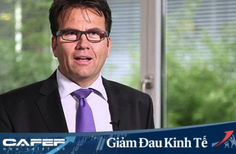 4 nhà sản xuất ô tô dừng hoạt động sản xuất tại Việt Nam chỉ trong 6 ngày, chuyên gia quốc tế nhận định: