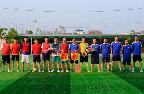 Giao hữu bóng đá chào mừng ngày Báo chí cách mạng Việt Nam