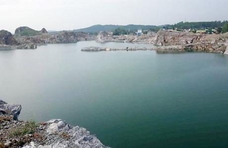 """Học sinh đuối nước dưới hồ Lèn Chùa: Doanh nghiệp nào """"quên"""" hoàn thổ?"""