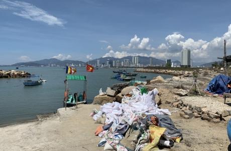 Loay hoay thu hồi dự án lấn vịnh Nha Trang