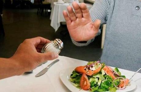 Triển khai các hoạt động kêu gọi người dân giảm tiêu thụ muối trong khẩu phần ăn