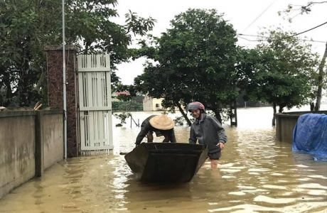 Nghệ An: Gần 300 hộ dân bị cô lập