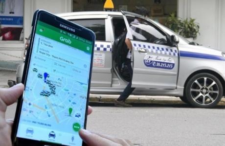 Hiệp hội taxi ba miền 'tố' sai phạm của Grab lên Quốc hội