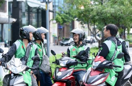 Đi theo Grab, Gojek cũng tăng giá cước