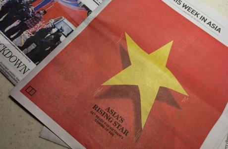 Báo quốc tế in quốc kỳ Việt Nam trên nguyên trang và dành 6 trang nói về