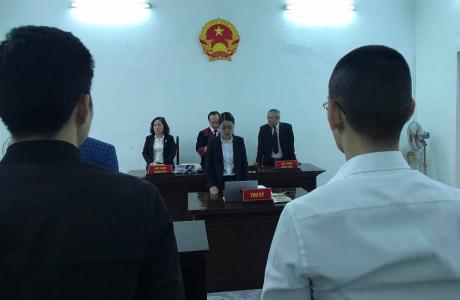 Xét xử vụ nợ xấu Hoàng Cung tại TP Huế: Động thái khó hiểu...