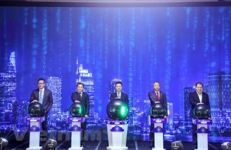Việt Nam tiên phong chuyển đổi số: Nỗ lực làm chủ hạ tầng số