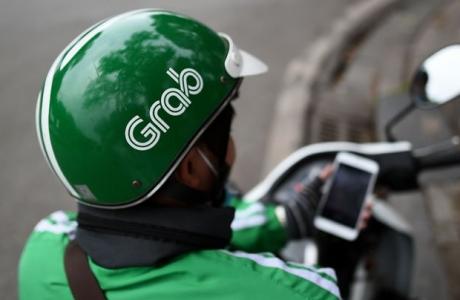 Đã đến lúc tài xế Grab ở Việt Nam được trả lương, đóng bảo hiểm?