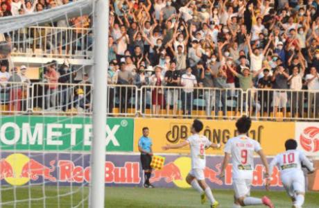 Xuân Trường nã đại bác, Hoàng Anh Gia Lai vào tốp 6 đội tranh vô địch