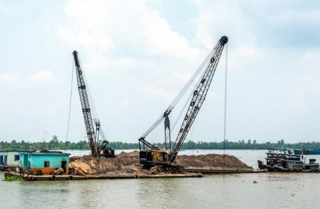 Đồng bằng sông Cửu Long: Sụt lún nghiêm trọng do hoạt động khai thác cát