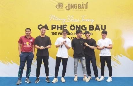 Khi cầu thủ Việt 'đá chéo sân' sang lĩnh vực kinh doanh