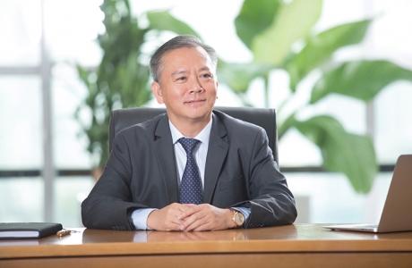 Ông Phan Đình Tuệ - Phó tổng giám đốc Ngân hàng Sacombank, Chủ tịch Hội Doanh nghiệp Nghệ Tĩnh: