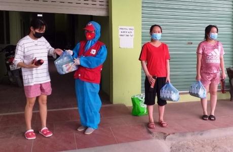 Bắc Giang: Đội Chữ thập đỏ xung kích huyện Việt Yên trên tuyến đầu chống dịch Covid - 19