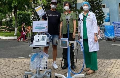 Hỗ trợ Thành phố Hồ Chí Minh hơn 1,3 tỷ đồng chống dịch Covid - 19