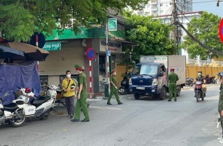 Chỉ trong một ngày Hà Nội đã thu được hơn 1,5 tỷ đồng tiền xử phạt về vi phạm phòng, chống dịch Covid - 19