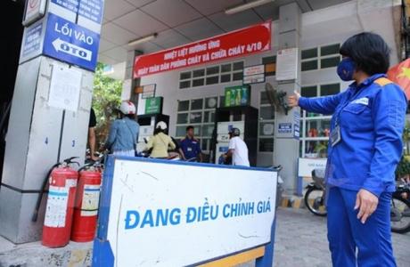 Petrolimex giảm giá xăng dầu hỗ trợ chống dịch Covid - 19