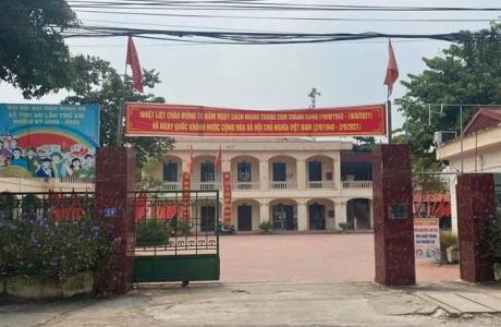 Thu hồi quyết định đình chỉ Cụm trưởng dân cư 'phản ánh đám tang đông người' ở Hà Nội