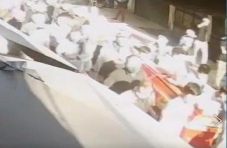 Đan Phượng: Diễn biến bất ngờ vụ hàng trăm người đưa tang giữa đại dịch