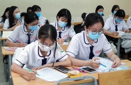 Nghị quyết của Hà Nội về hỗ trợ 50% học phí: Giảm gánh nặng, tăng động lực vượt khó do dịch