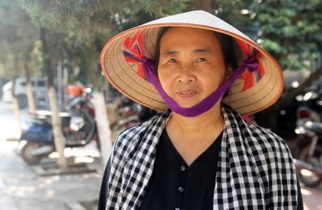 """""""Đại gia chân đất"""" Trần Thị Thủy – mang yêu thương đến những mảnh đời bất hạnh"""