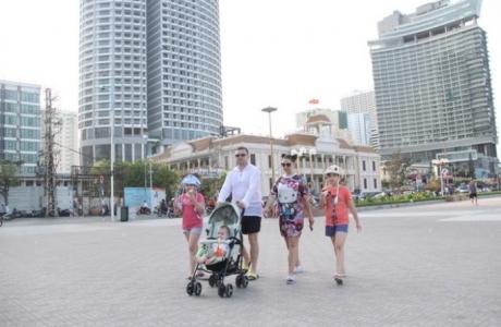 Việt Nam dự kiến mở cửa hoàn toàn đón du khách quốc tế từ 6/2022