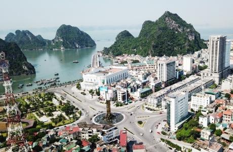 """Quảng Ninh: Nỗ lực vượt qua khó khăn, tiếp tục phấn đấu hoàn thành """"mục tiêu kép"""" năm 2021"""